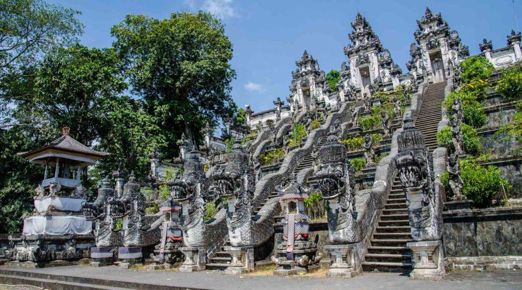 Đền Lempuyang - cổng trời Bali